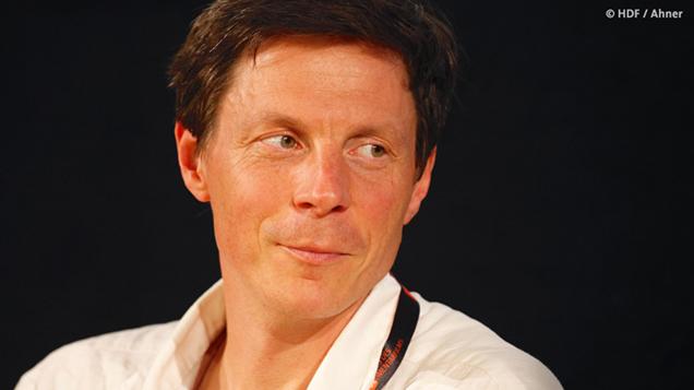Porträt Sebastian Heinzel (Foto: Günther Ahner/HDF)