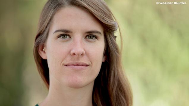 Porträt Lena Leonhardt (Foto: Sebastian Bäumler)